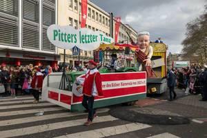 Wagen beim Rosenmontagszug - Pitters letzter Tanz - Kölner Karneval 2018