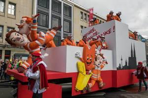 Wagen mit Müllmännern beim Rosenmontagszug - Kölner Karneval 2018