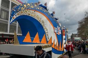 Wagen vom Verein Große Braunsfelder beim Rosenmontagszug - Kölner Karneval 2018