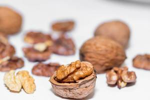 Walnuts kernels  Flip 2019
