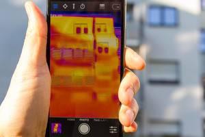 Wärmebild eines Gebäudes - FLIR Infrarotkamera