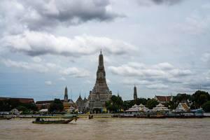 Wat Arun Tempel in Bangkok - Tempel der Morgenröte
