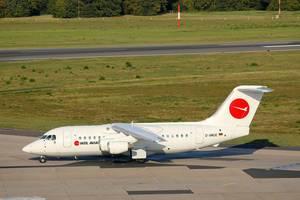 WDL Aviation British Aerospace 146-200, D-AWUE am Flughafen Köln/Bonn (CGN)