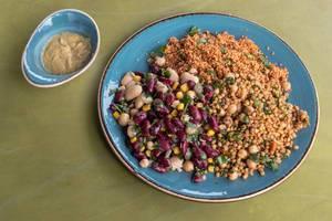 Weiße und rote Bohnen, Kuskus, Weizen, Kichererbsen