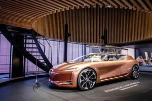Weltpremiere des neuen Symbioz Konzepts von Renault bei der IAA 2017