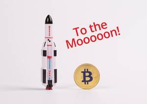 Weltraumrakete mit goldenem Bitcoin