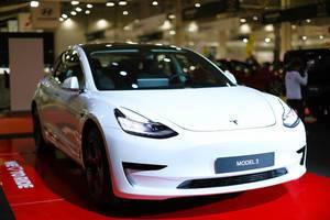 White electric car Tesla Model 3