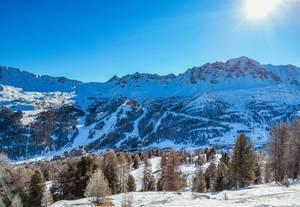 Winter snowy landscape  Flip 2019
