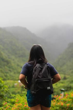 Woman looking at the beautiful view in Patag