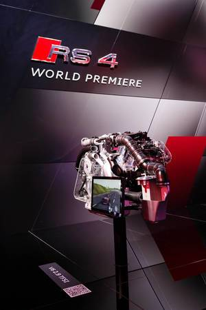 World Premiere von Motor Audi RS 4