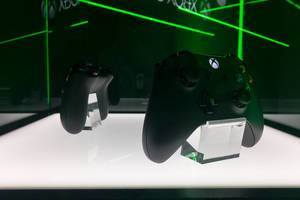 Xbox One controller - Gamescom 2017, Cologne