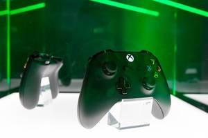 Xbox One Kontroller - Gamescom 2017, Köln