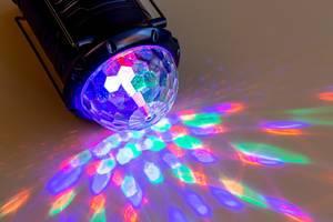 Zeit zu feiern mit Disco-Lichteffekten für zuhause und Events