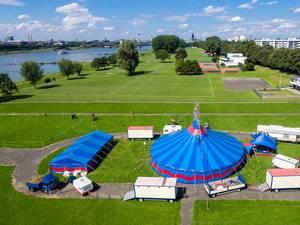 Zirkus an den Poller Wiesen in Köln